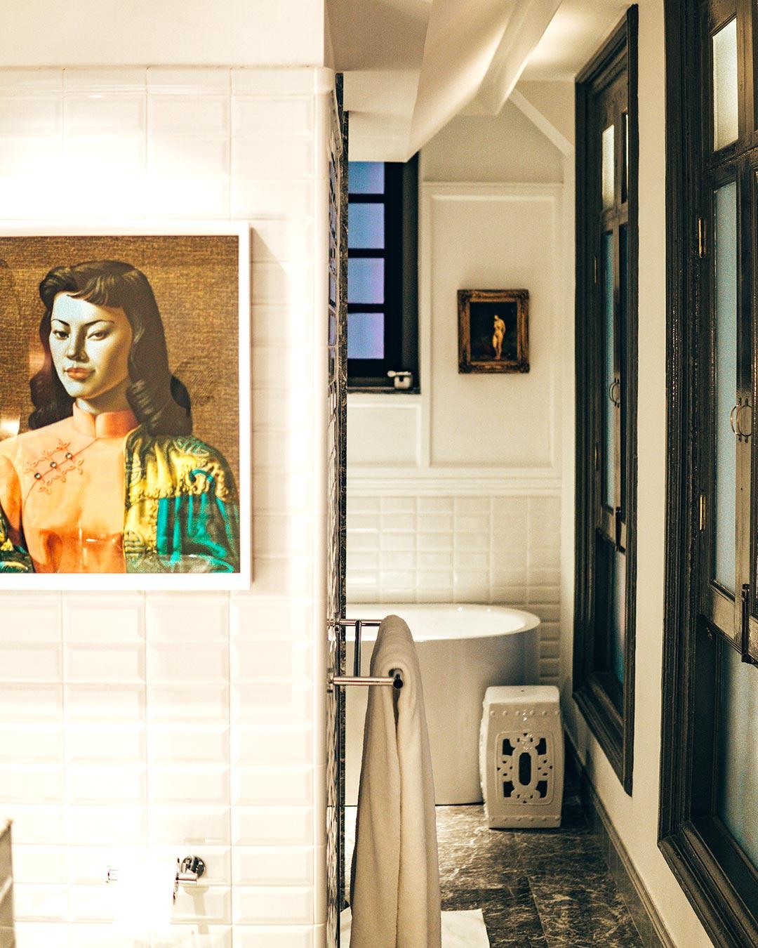 Ann Siang House Singapore - Luxurious Classic Design Bathroom